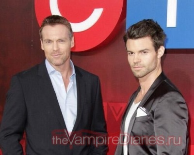 Saving Hope cast at CTV Upfront [6 июня]
