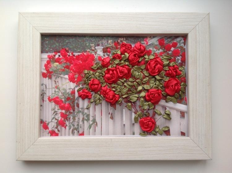 сатенени рози